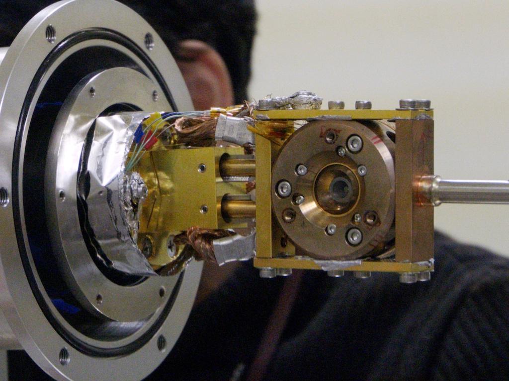 ガス駆動式DAC(X線下流側)